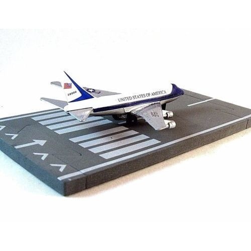 Air Force One Boeing 747 Vc 25 Runway 24 Diecast Aircraft Model