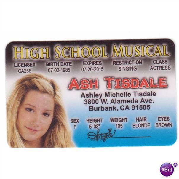 Vuoden 2015 Hiustyylit, Trendikkäitä Kampauksia, Lettikampaukset, Hääkampaukset, Palmikot, Ashley Tisdale The Hyde Away at Coachella.