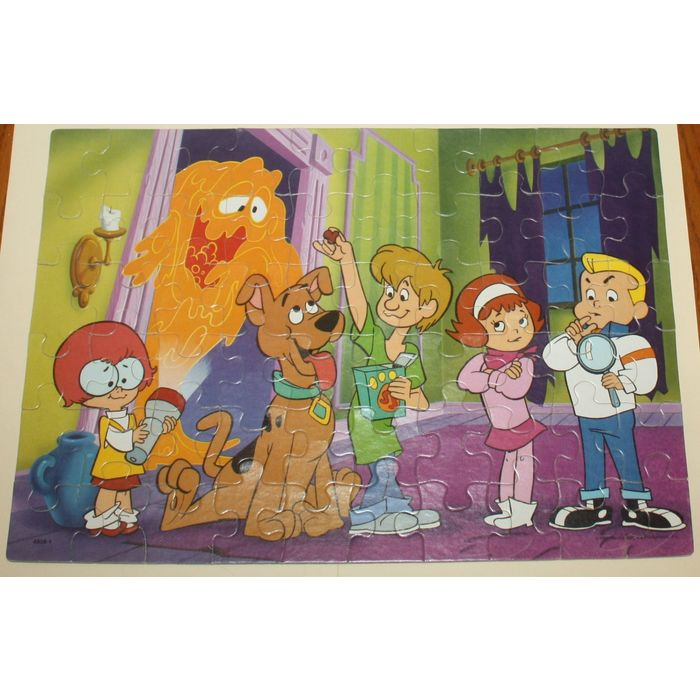 Milton Bradley A Pup Named Scooby Doo 60 Piece Puzzle - Complete