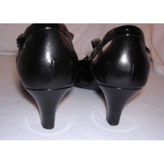 Naturalizer women 9 M Leather 2\