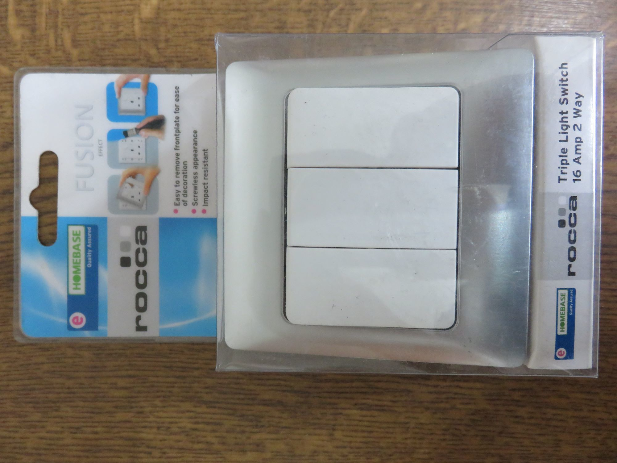 Homebase Rocca Fusion Effect Light Switch Screwless 1g 1